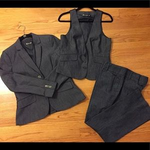 New York & Company 3pc Denim Suit